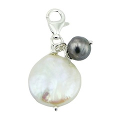 pearl-charms/luxurious-luster-of-freshwater