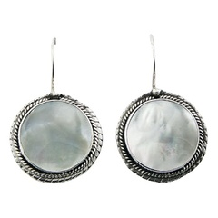 shell-drop-earrings/vintage-style-mother-of