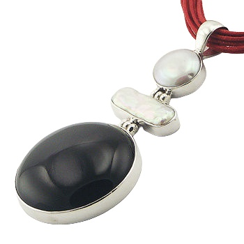 Black agate freshwater pearls silver pendant