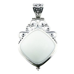 Highly elegant ajoure soldered sterling silver agate gemstone