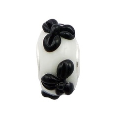 murano-glass-beads/glossy-black-relief-of_1