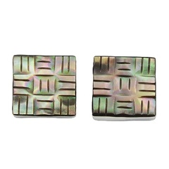 shell-stud-earrings/carved-pattern-rainbow-shell_2