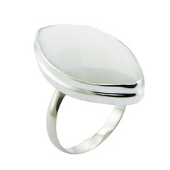 silver-gemstone-rings/marquise-cut-faceted-white