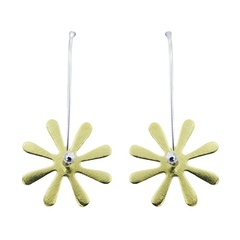 vermeil-ear-stud-earrings/delicate-vermeil-flower-earrings_1