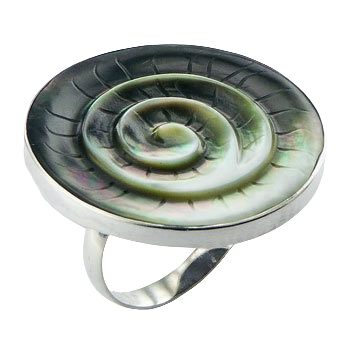 Green shell carved twirl silver ring