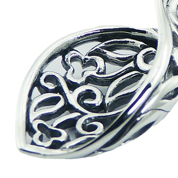 Classic and ajoure sterling silver pendant twirled leaf 2